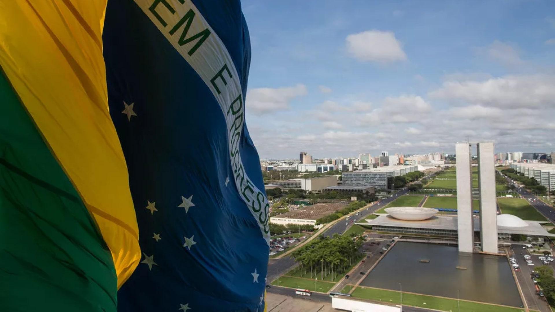 Foto notícia - Nação e Estado